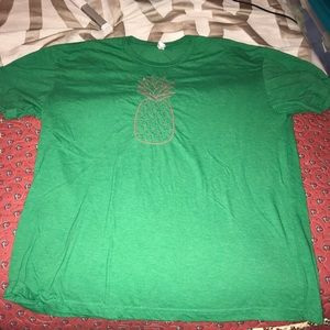 Womens green tee with pink stitched pineapple